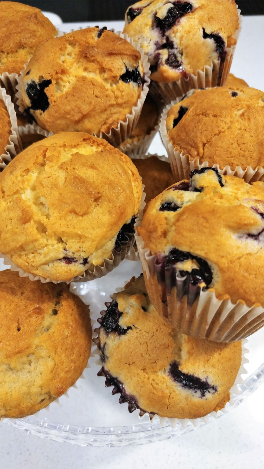 blueberry muffins _c_small