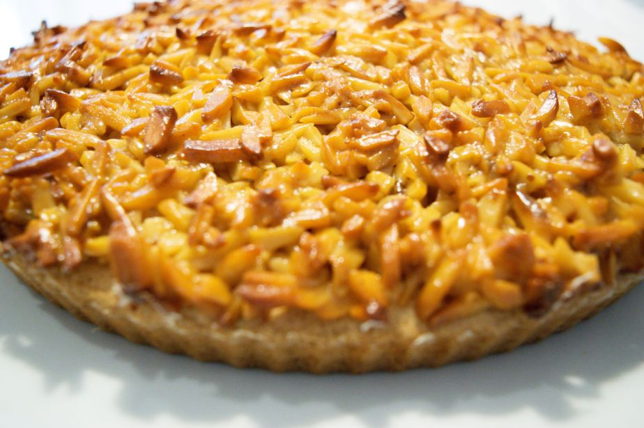 almond tart_a_small