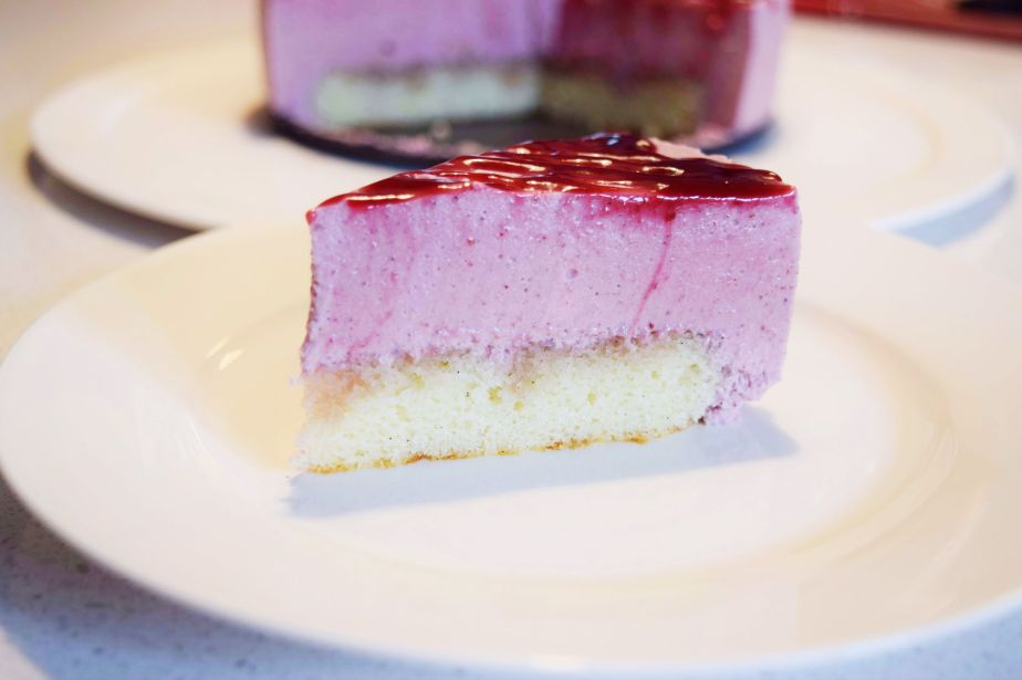 Berry Mousse Cake_b_small